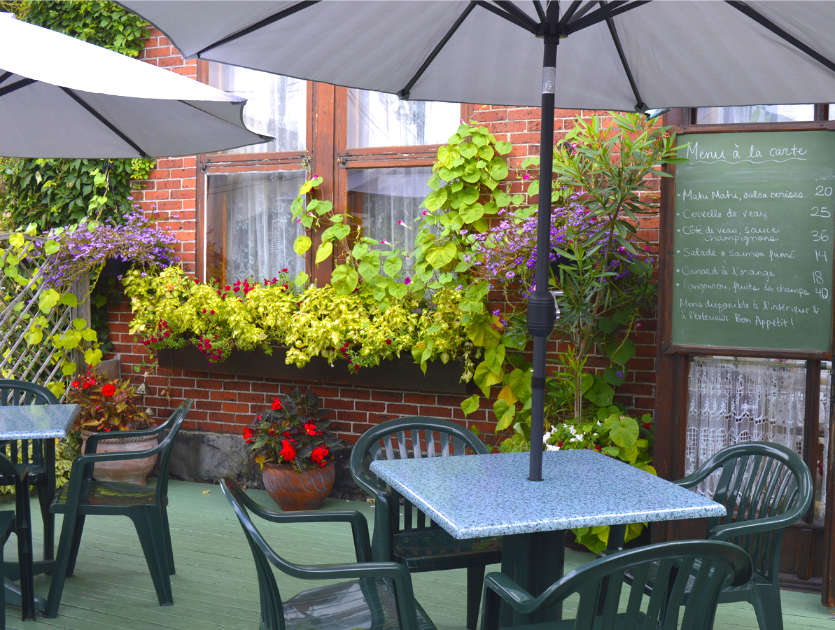terrasse chablis fleurs